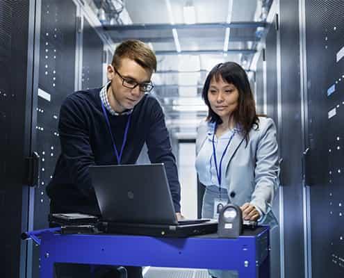 it-services-ct-tech-server-room