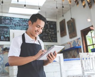 smb-technology-barista-using-tablet