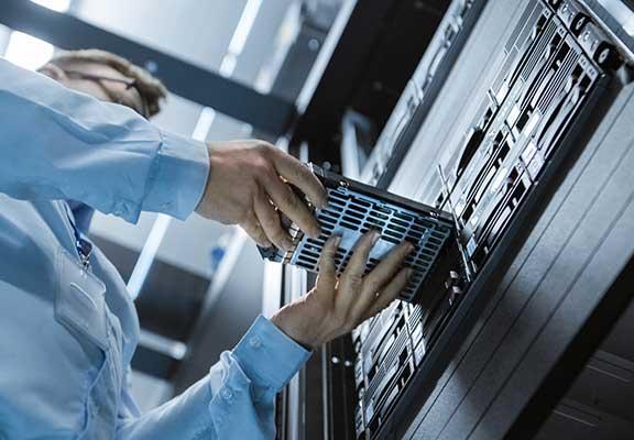 offsite-backups-in-2020-data-center-hard-drive